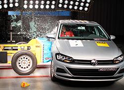 Lançado nesta segunda-feira (25), o novo VW Poloconseguiu alcançar cinco estrelas tanto para proteção de passageiros adultos e crianças.